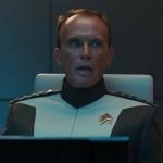 Peter Weller als Admiral Marcus